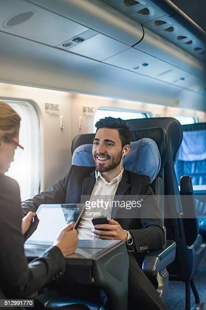 Business-meeting auf den Zug