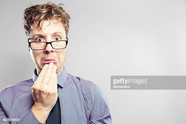 Business nerd Blick ängstliche und verwirrt