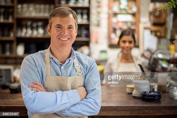 Geschäftsinhaber in einem coffee shop