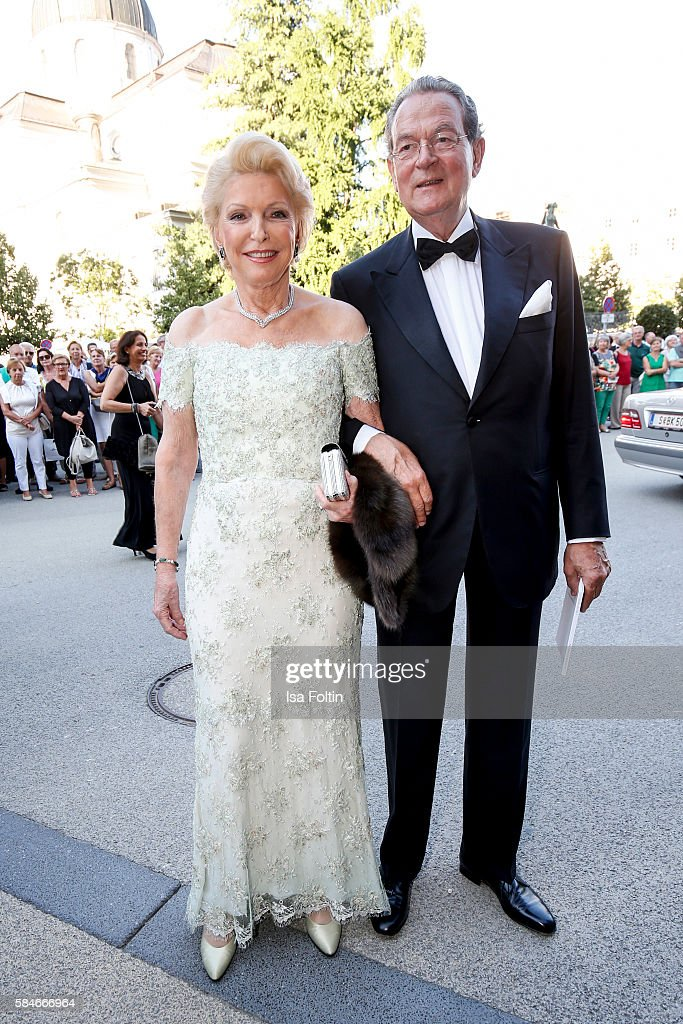 Business owner MariaElisabeth Schaeffler and her husband Jürgen Thumann attend the premiere of the opera 'Cosi Fan Tutte' on July 29 2016 in Salzburg...