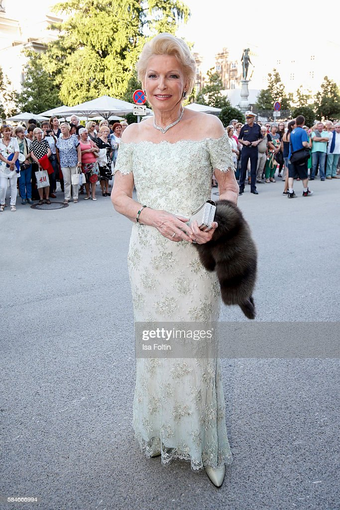 Business owner MariaElisabeth Schaeffler attends the premiere of the opera 'Cosi Fan Tutte' on July 29 2016 in Salzburg Austria