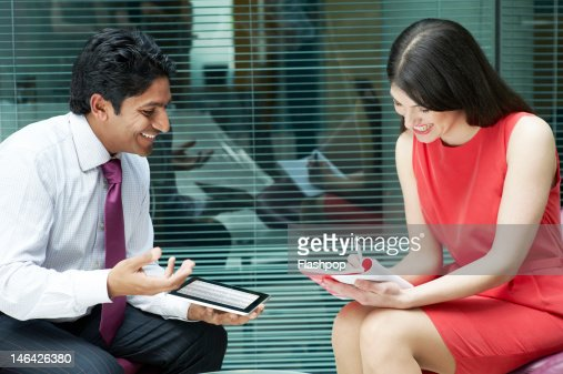 Business people having an informal meeting : Foto stock