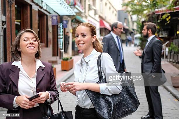 Gens d'affaires de rue