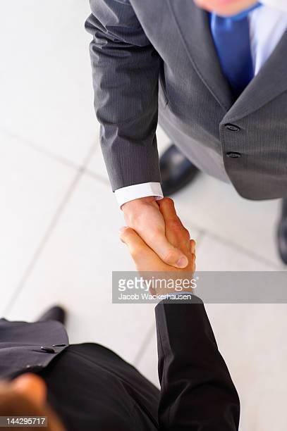 Business persone agitare le mani