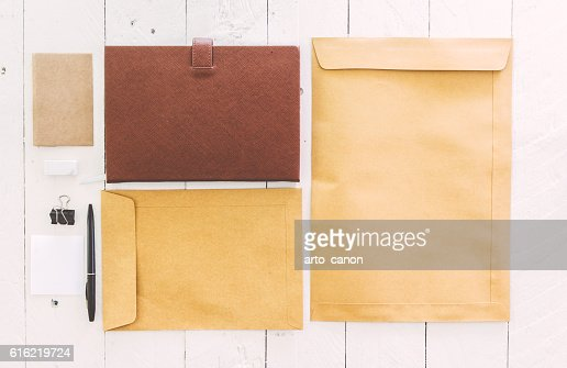 Business stationary set on wooden background : Stock-Foto