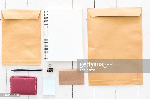 Business stationary set on wooden background : Stockfoto