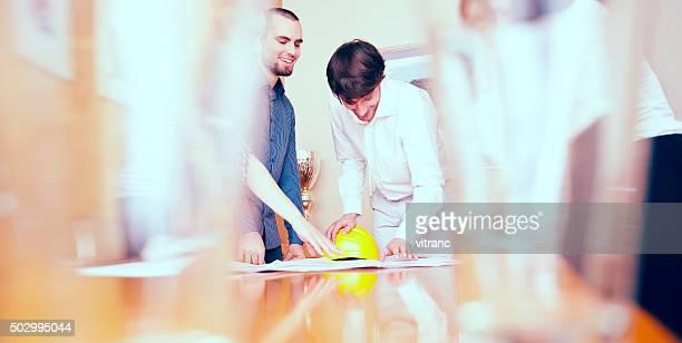 Business-Team mit Blaudruck