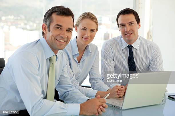 Business-team arbeiten zusammen,