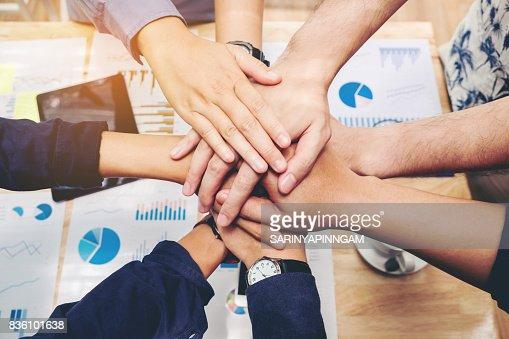Business Teamwork joignant les mains esprit Concept de Collaboration d'équipe : Photo