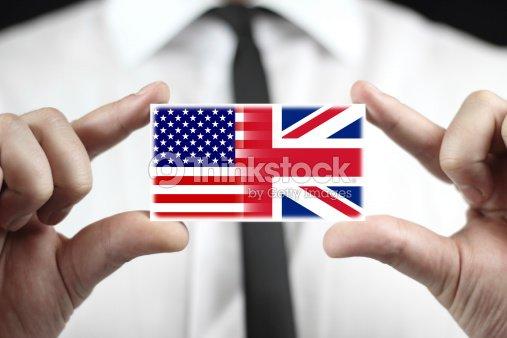 Homme Daffaires Tenant Une Carte De Visite Drapeau Des Etats Unis Et
