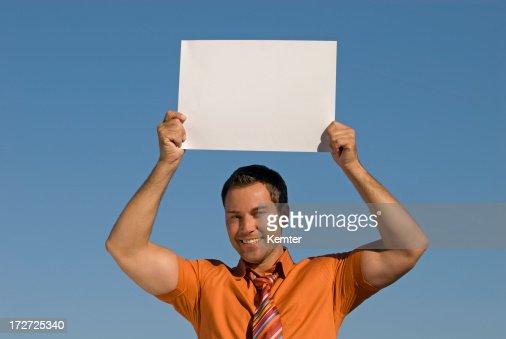 Empresario holding señal de vacío