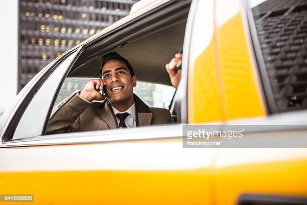 Geschäftsmann auf ein yellow cab