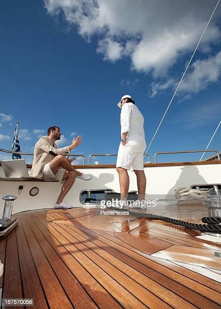 Geschäftsmann auf den Yachten