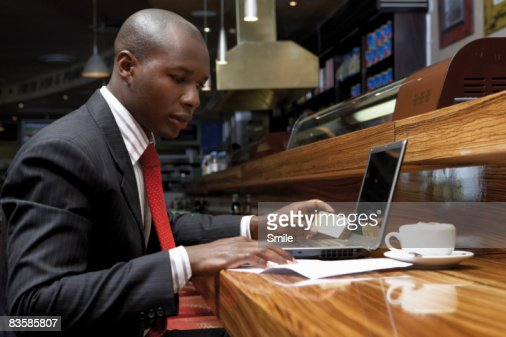 businessman purchasing via the internet : Stock Photo