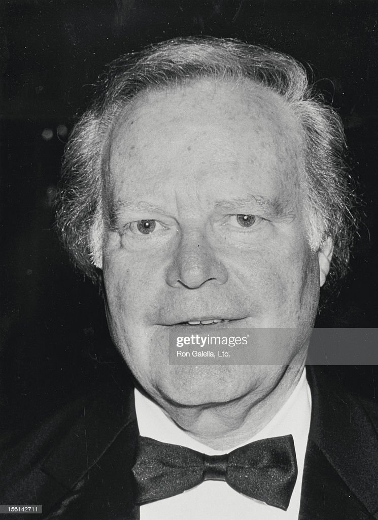 Businessman Roone Arledge attends 15th Annual All Sports Hall of Fame Dinner on October 24, 1990 at the Waldorf Hotel in New York City.