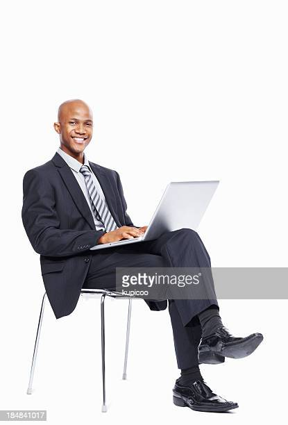 Geschäftsmann, sitzen mit laptop