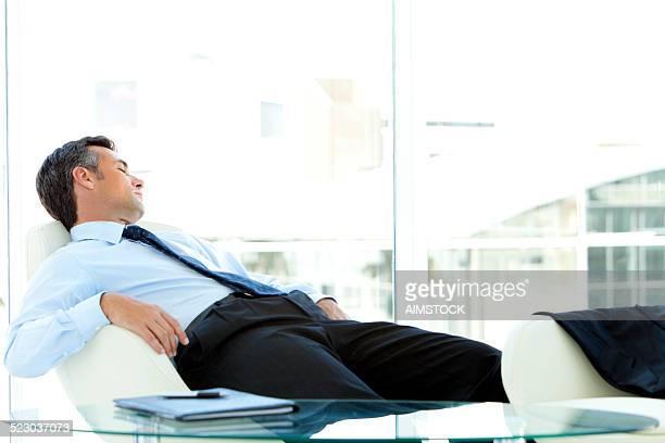 Geschäftsmann schlafen.