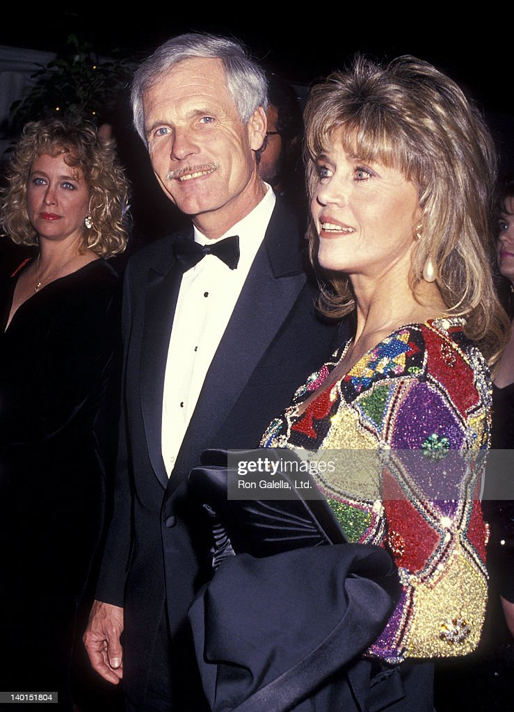 Businessman <a gi-track='captionPersonalityLinkClicked' href=/galleries/search?phrase=Ted+Turner+-+Businessman&family=editorial&specificpeople=203000 ng-click='$event.stopPropagation()'>Ted Turner</a> and actress <a gi-track='captionPersonalityLinkClicked' href=/galleries/search?phrase=Jane+Fonda&family=editorial&specificpeople=202174 ng-click='$event.stopPropagation()'>Jane Fonda</a> attend the 12th Annual National CableACE Awards on January 13, 1991 at the Wiltern Theatre in Los Angeles, California.