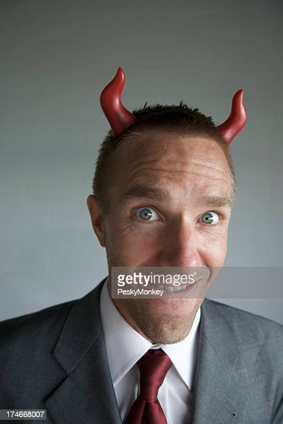 Empresário w Devil sopro provoca problemas