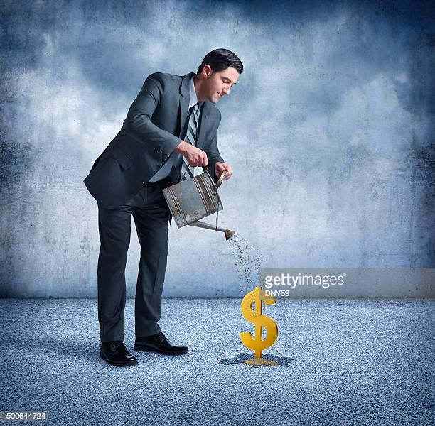 Geschäftsmann, die Ihnen Dollar Sign