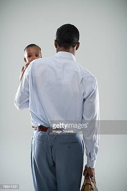 Uomo d'affari con il bambino