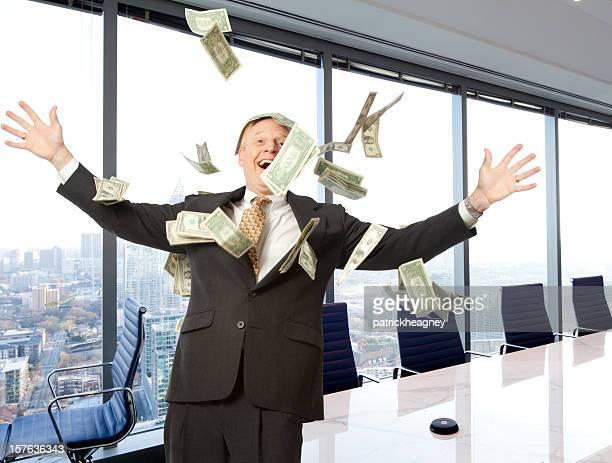 Homme d'affaires avec de l'argent