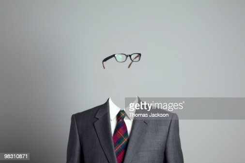 Businessman with no face, looking right : ストックフォト