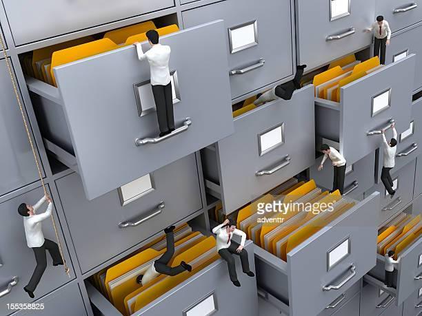ビジネスマンに必要なファイルを検索する