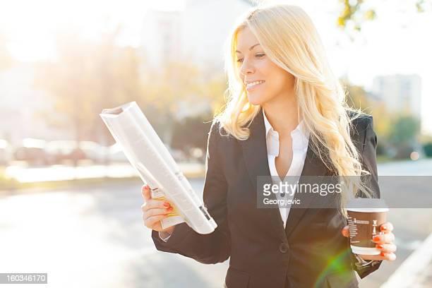 Femme d'affaires en pause