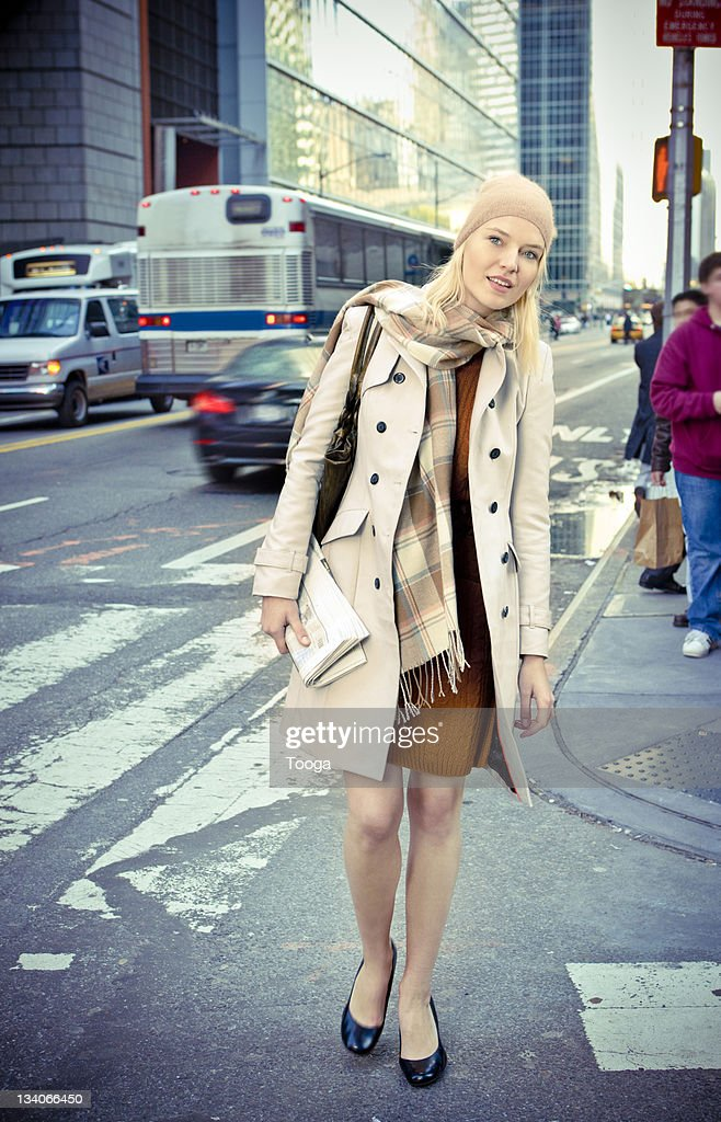 Businesswoman on the move : Stock Photo