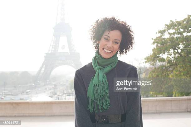 Businesswoman outdoors by Eiffel Tower