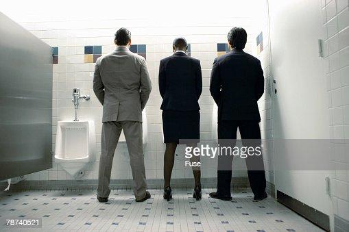 Фото туалетов женщины