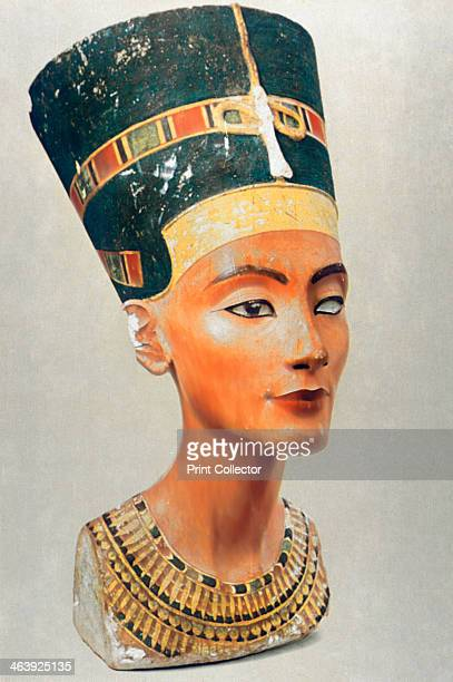 Bust of Nefertiti queen and wife of the Ancient Egyptian Pharaoh Akhenaten Nefertiti reigned from 13531336 BC She was a supporter of Akhenaten's...