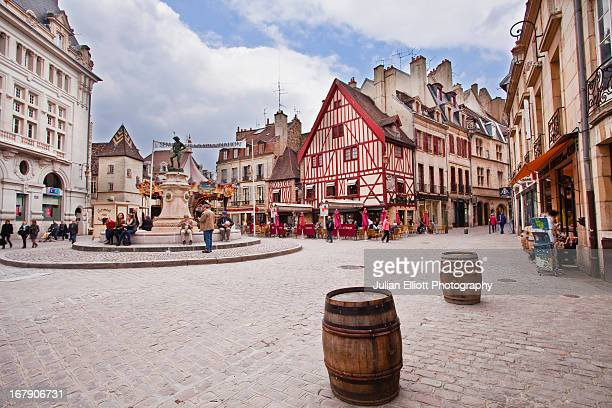 A bustling Place Francois Rude in Dijon.