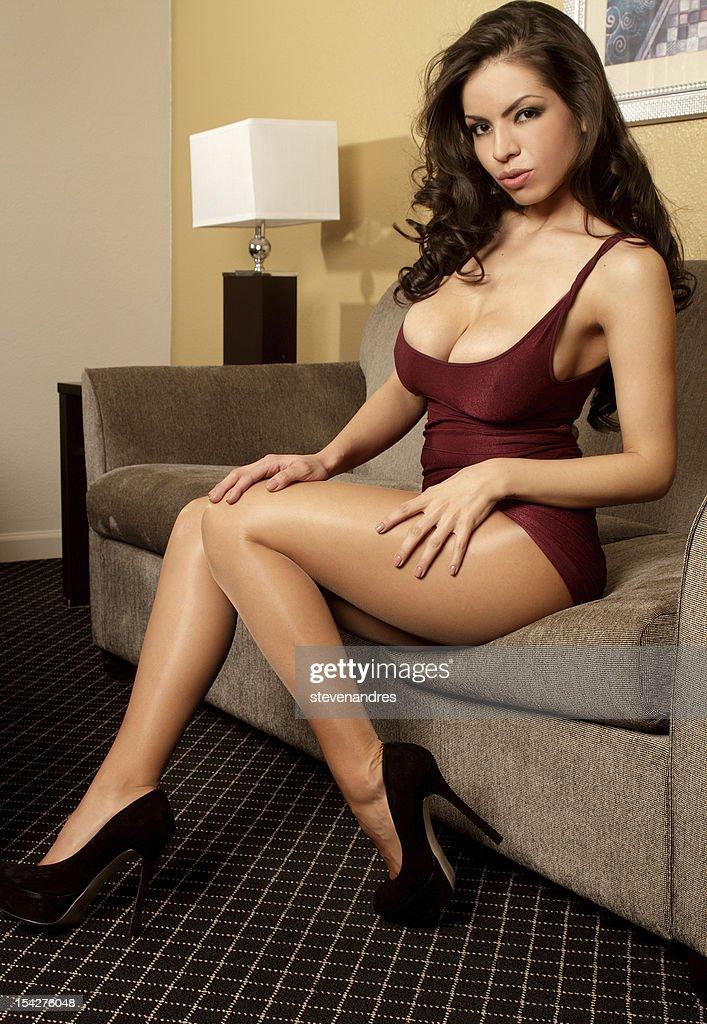 Busty latina Nude Photos 41