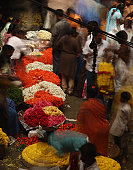 Busy flower market