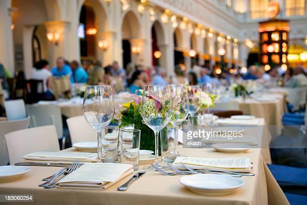 Ocupado restaurante italiano
