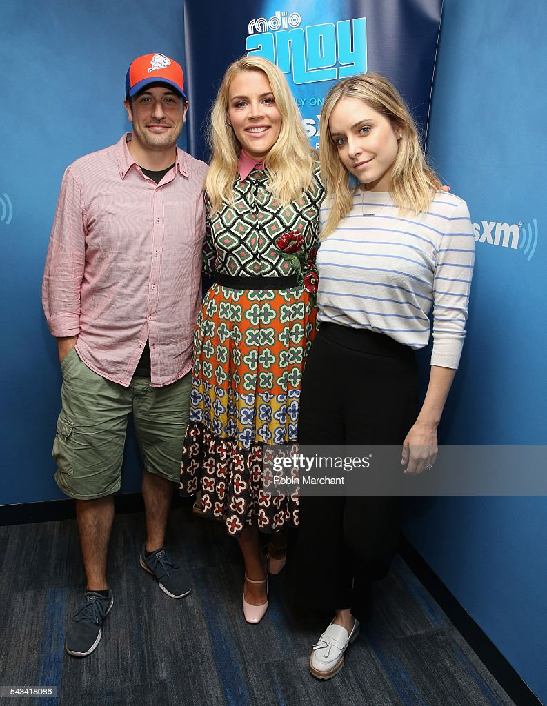 <a gi-track='captionPersonalityLinkClicked' href=/galleries/search?phrase=Busy+Philipps&family=editorial&specificpeople=216133 ng-click='$event.stopPropagation()'>Busy Philipps</a> (C) visits hosts <a gi-track='captionPersonalityLinkClicked' href=/galleries/search?phrase=Jason+Biggs+-+Actor&family=editorial&specificpeople=210701 ng-click='$event.stopPropagation()'>Jason Biggs</a> and <a gi-track='captionPersonalityLinkClicked' href=/galleries/search?phrase=Jenny+Mollen&family=editorial&specificpeople=599177 ng-click='$event.stopPropagation()'>Jenny Mollen</a> of SiriusXM's 'Jason & Jenny' on Radio Andy visits at SiriusXM Studio on June 28, 2016 in New York City.
