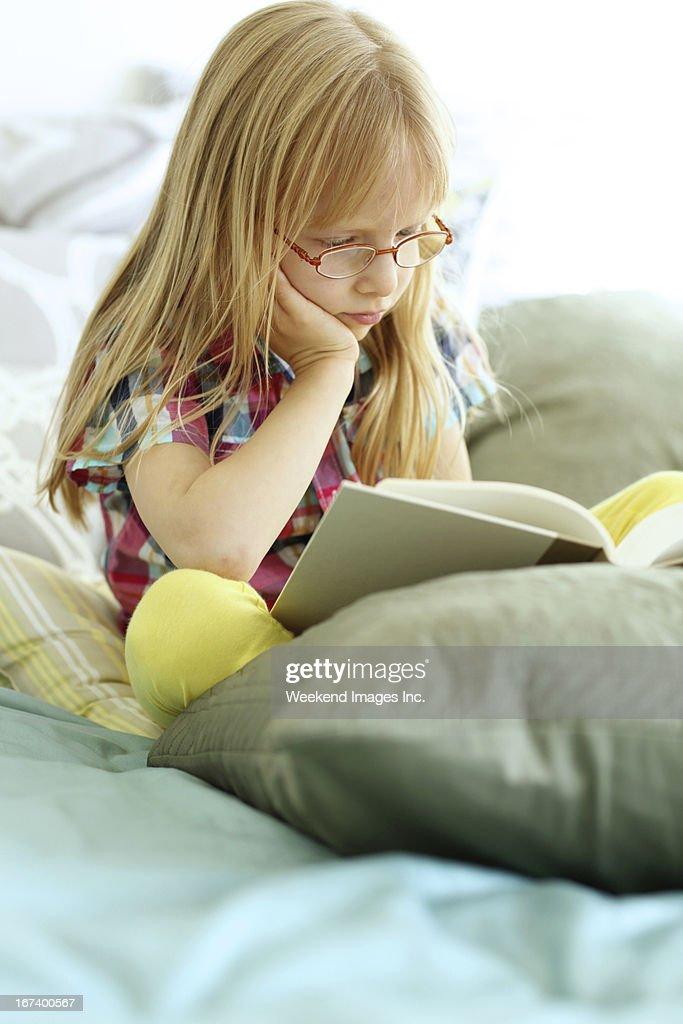 Busy toddler : Stockfoto