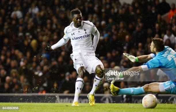 But Emmanuel ADEBAYOR / Orestis KARNEZIS Tottenham / Panathanaikos Ligue Europa Photo Dave Winter / Icon Sport