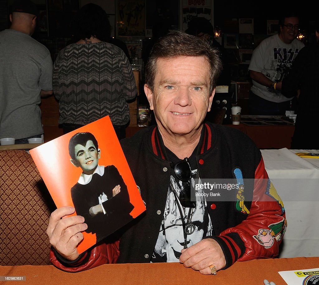 <a gi-track='captionPersonalityLinkClicked' href=/galleries/search?phrase=Butch+Patrick&family=editorial&specificpeople=893930 ng-click='$event.stopPropagation()'>Butch Patrick</a> attends the David T. Jones Memorial / Monkees Convention 2013 at the Sheraton Meadowlands Hotel & Conference Center on March 2, 2013 in East Rutherford, New Jersey.