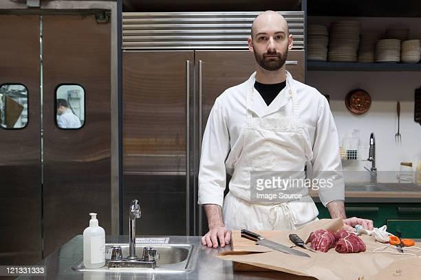 Macellaio preparazione di filetto di manzo