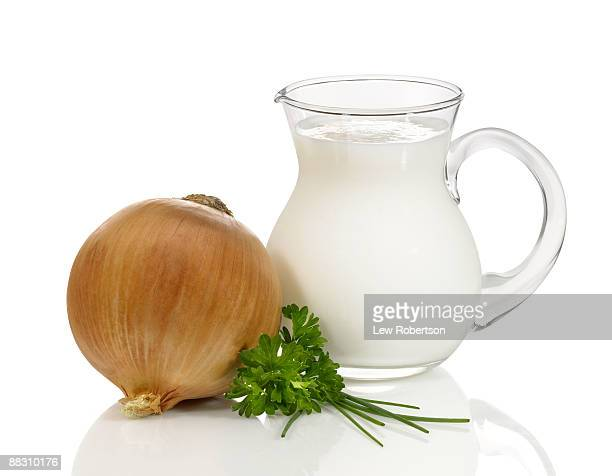 Buttermilk with onion and parsley
