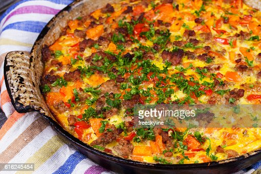 Butternut squash and sausage frittata. : Foto stock