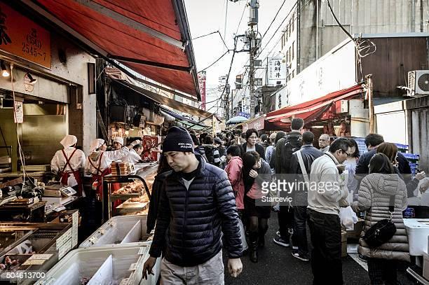 のバイヤーとセラーに、東京の築地市場