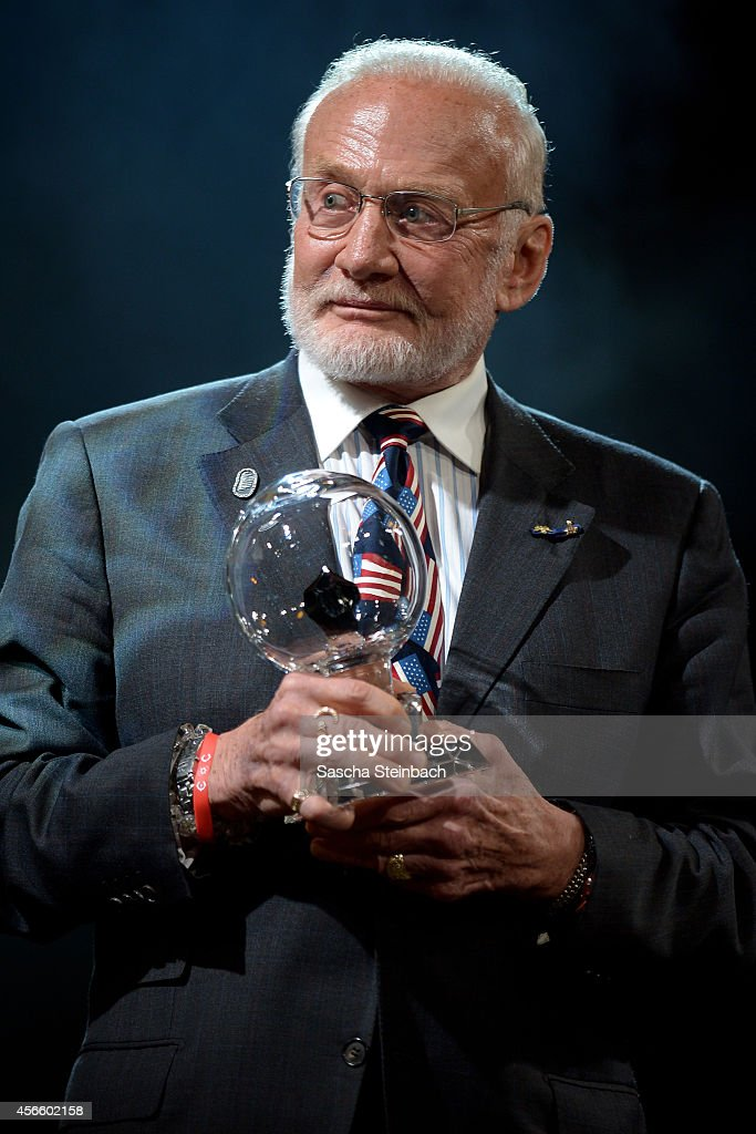 <a gi-track='captionPersonalityLinkClicked' href=/galleries/search?phrase=Buzz+Aldrin&family=editorial&specificpeople=90480 ng-click='$event.stopPropagation()'>Buzz Aldrin</a> is honored with the 'Steiger Award 2014' at Heinrichshuette on October 3, 2014 in Hattingen, Germany.