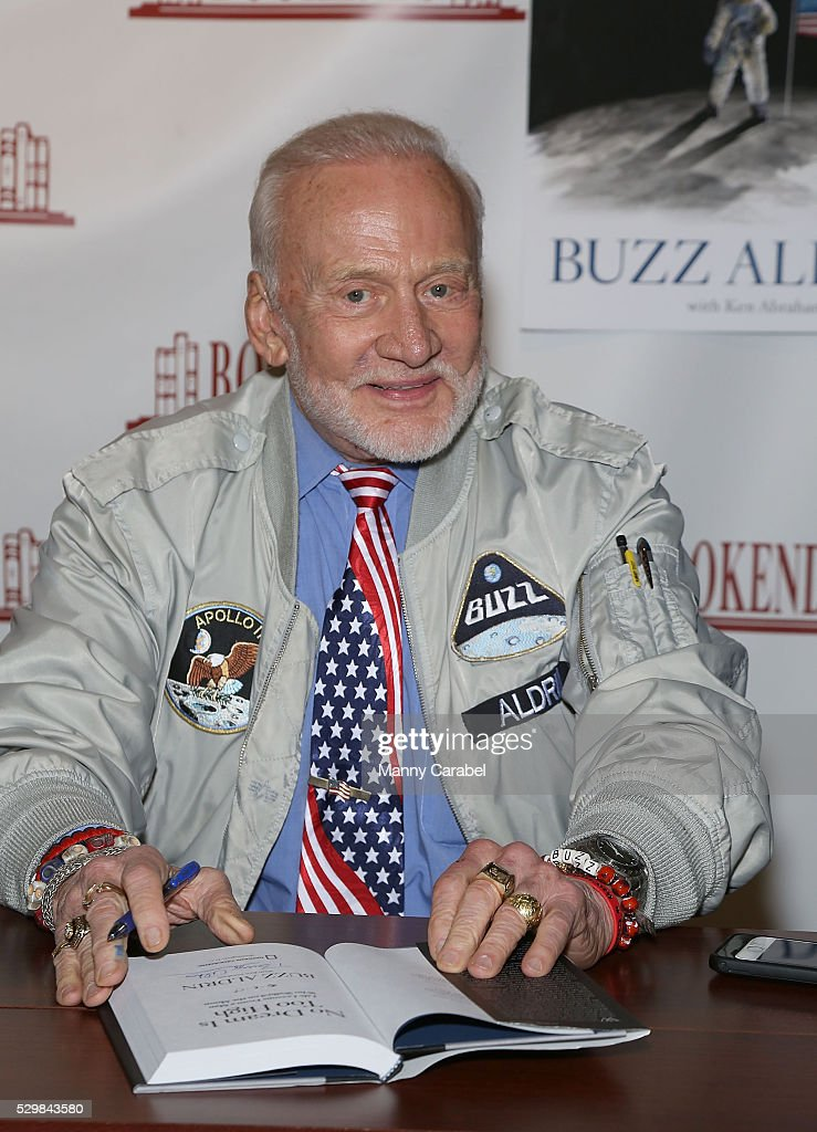 "Buzz Aldrin Signs Copies Of His New Book ""No Dream Is Too High: Life Lessons From A Man Who Walked On The Moon"""