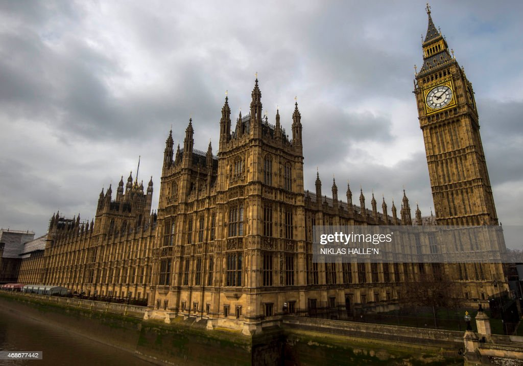 STORY by DENIS A general view of of the Palace of Westminster, with the Great Westminster Clock, more commonly known as 'Big Ben' seen on April 5, 2015 in London. In one month, Britain votes in a general election likely to put the nail in the coffin of two party politics and herald an uncertain future of coalitions, alliances and horse-trading. Neither of the two parties which have dominated parliament since the 1920s, the Conservatives and Labour, are expected to win the 326 House of Commons seats out of 650 needed to govern alone. AFP PHOTO / NIKLAS HALLE'N