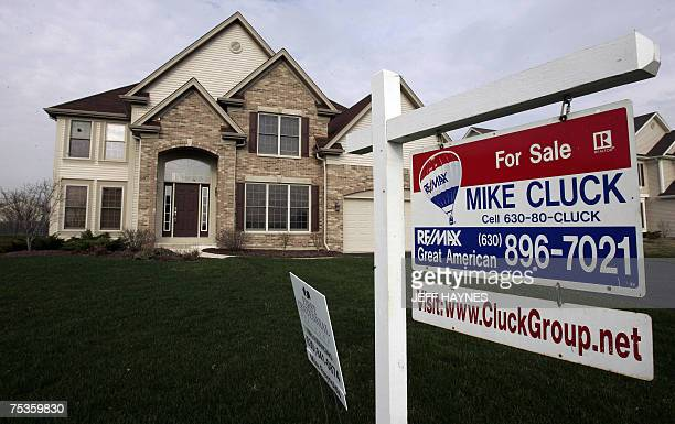 STORY by Rob Lever USeconomyproperty In this 30 March 2007 file photo A house sits for sale in North Aurora Illinois a suburb outside of Chicago...