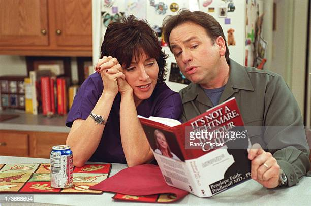 8 simple rules for dating my teenage daughter book excerpt Watch 8 simple rules for dating my teenage daughter season 1 home 8 simple rules episode 8: by the book.
